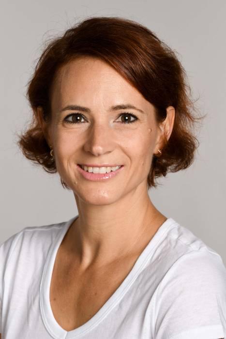Nadine Lauper